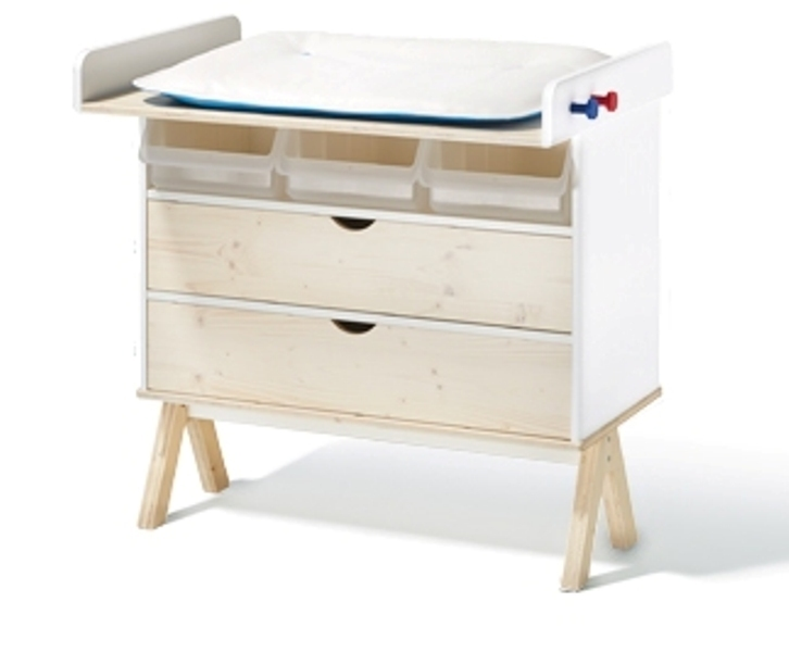 famille garage wickeltisch richard lampert. Black Bedroom Furniture Sets. Home Design Ideas