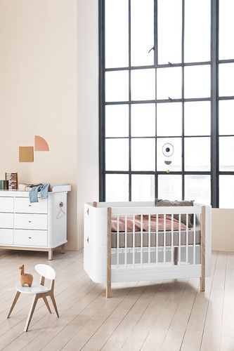 Wood Mini+ Baby- bis Juniorbett - weiß/Eiche